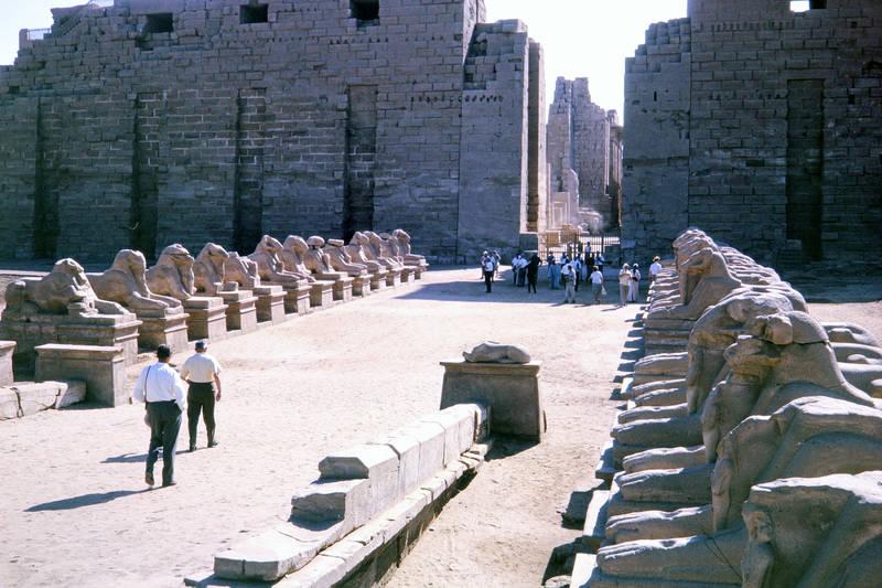 Ägypten, ausflug, karnak, karnak-tempel, reichstempel, reise, sand, Sehenswürdigkeit, statue, Stein, steinfigur, Studienreise, Tempel, Tempelanlage, unesco, urlaub, verreisen, weltkulturerbe