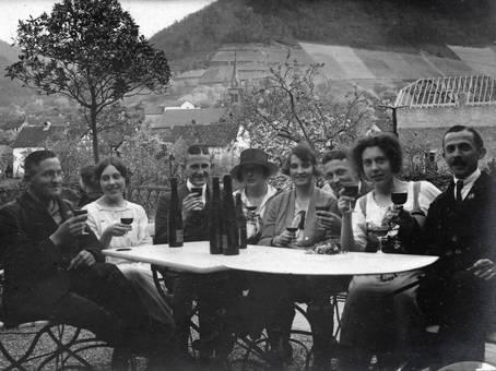 Wein am Tisch