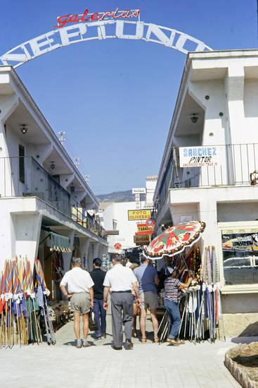 Einkaufsstraße, Galerias Neptuno, geschäft, mode, platja d'aro, Sonnenschirm, Spanien