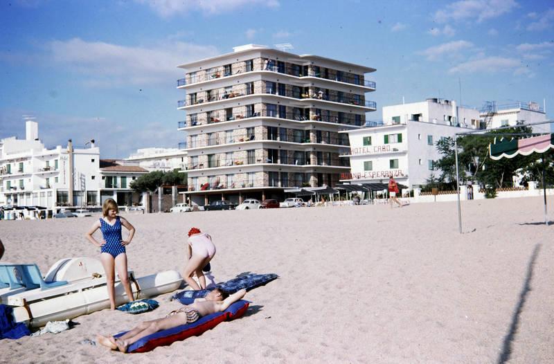 Apartmenthaus, Hotel, hotel caro, Luftmatratze, sand, Spanien, strand, urlaub, Urlaubsreise