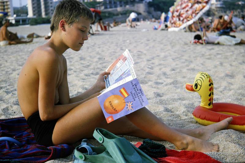 badehose, flyer, Informationsbroschüre, Kindheit, sand, Schwimmente, Schwimmreifen, strand, urlaub