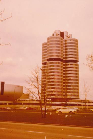 BMW, BMW-Vierzylinder, gebäude, münchen, Olympisches Dorf, straße, turm