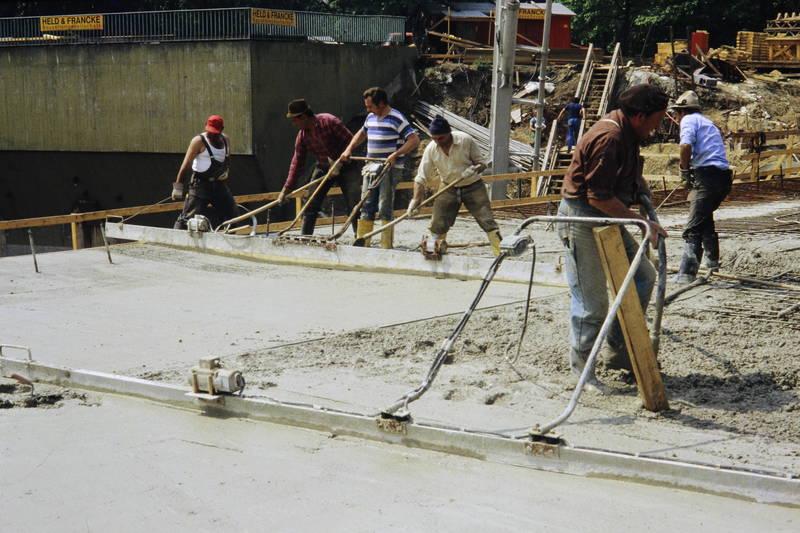 Bauarbeiter, Baustelle, Beton, glatt, Gummistiefel