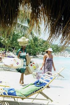 Hüte und Taschen
