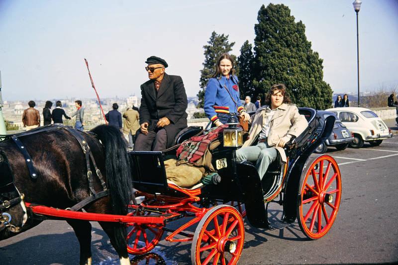 auto, Geschwister, KFZ, Kutsche, kutscher, mode, Pferd, PKW, Rom