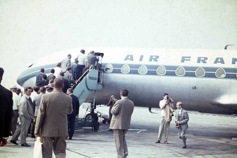 Air France, flieger, fluggesellschaft, Flughafen, flugzeug, mode, passagier, reise, Sud Aviation Caravelle, Treppe, urlaub, Urlaubsreise