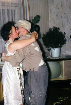 Küsschen beim Tanz