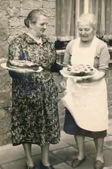 Stolze Bäckerinnen