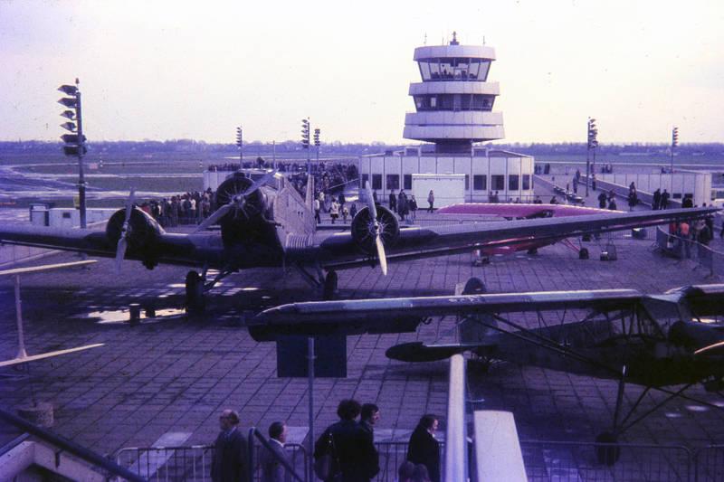 düsseldorfer flughafen, fieseler storch, Flughafen, Ju52, Junker, segelflugzeug, tower