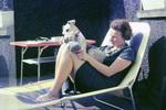 Sonnenbad mit Hund