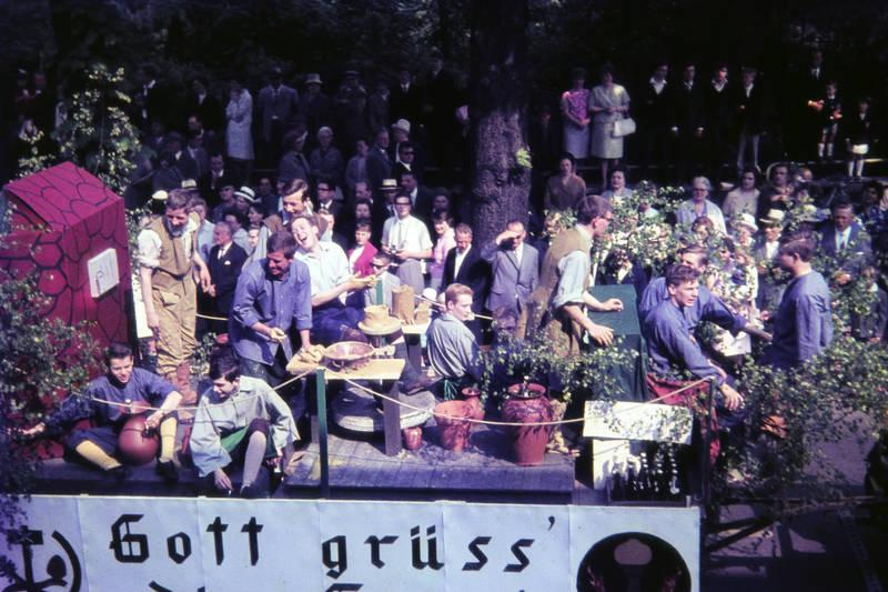 festumzug, festwagen, Jubiläum, lachen, Lübeck, lünen, stadtjubiläum, töpfern