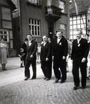 Männer im Anzug