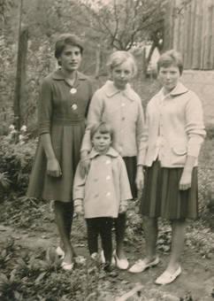 Vier Mädchen