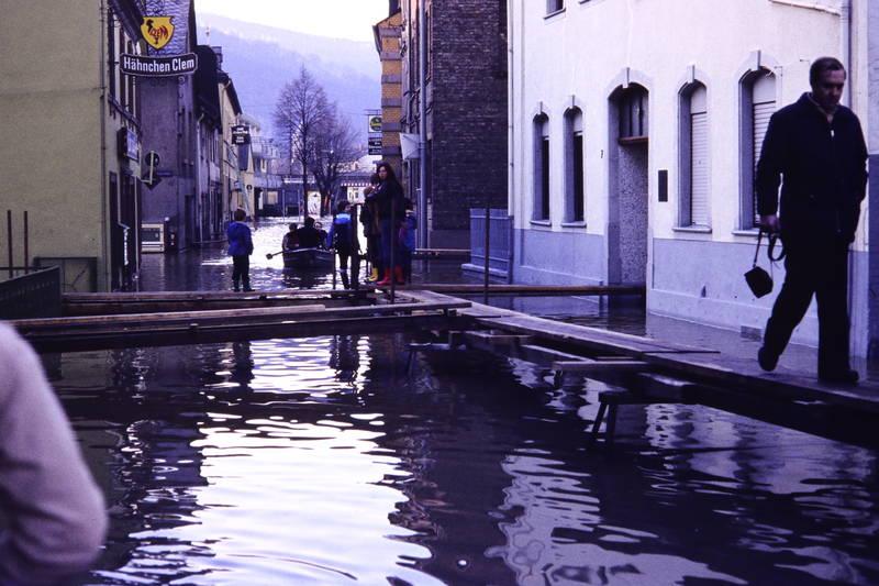boot, Gummistiefel, Hochwasser, lahnstein, Steg