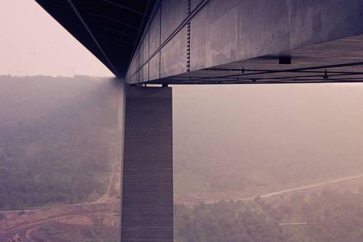 Autobahnbrücke Moseltal