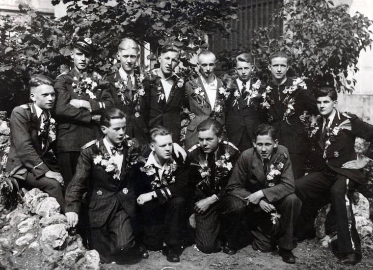 anzug, Blume, Blumenstrauß, gruppenfoto, Kragen, Krawatte