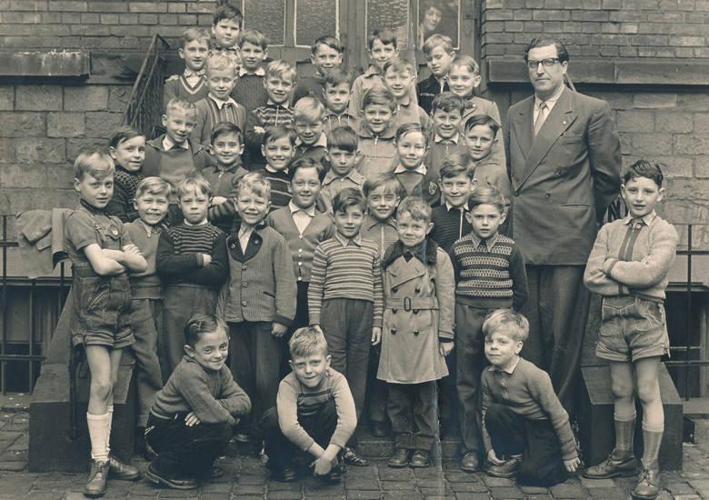 Jungenklasse, Kindheit, Klasse, Klassenfoto, lehrer, mode, schule, Schüler, Schulkind, Schulklasse