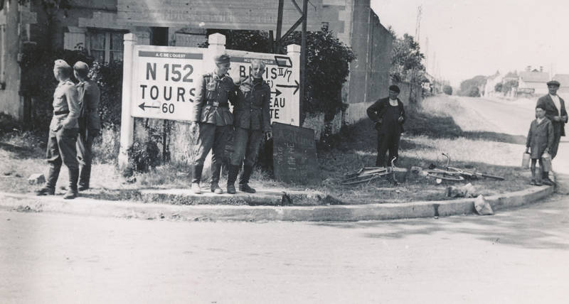 2.Weltkrieg, Frankreich, soldat, Uniform, Wegweiser, Wehrmacht