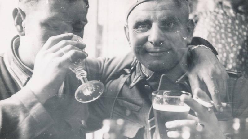 2.Weltkrieg, Bier, rauchen, soldat, trinken, Uniform, Wehrmacht