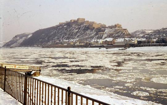 Eis auf dem Rhein