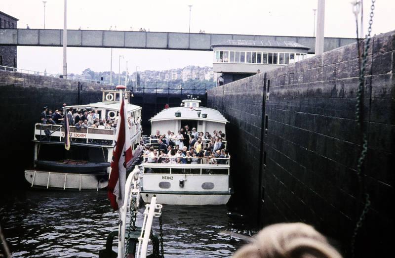 Ausflugsschiff, fähre, Heinz, Moselstaustufe Koblenz, schiff, Schifffahrt, Schleuse, Schleuse in Koblenz, stadt cochem
