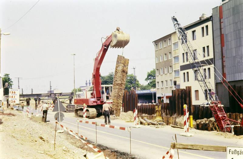 Bagger, BAuarbeiten, Baustelle, Koblenz, Kran, moselring, straße