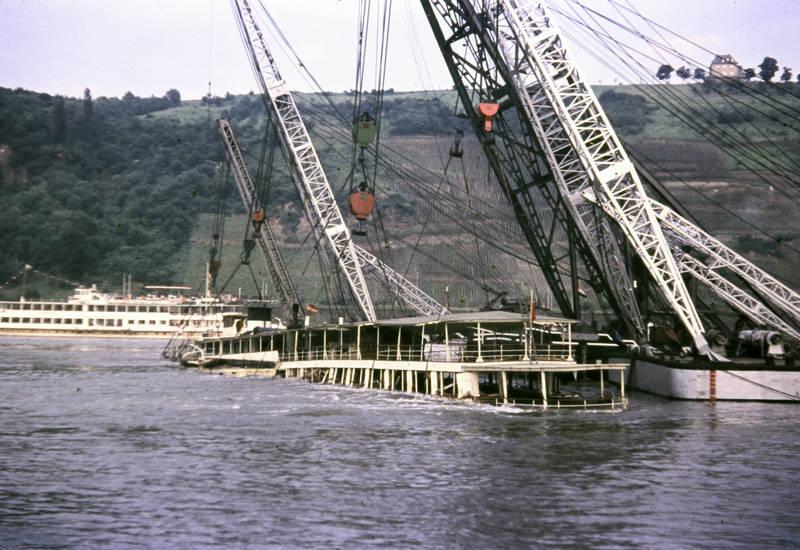 Bergung, fluss, KD-Rheinschiff, Koblenz, Kran, Mosel, MS Mainz, Rhein, schiff