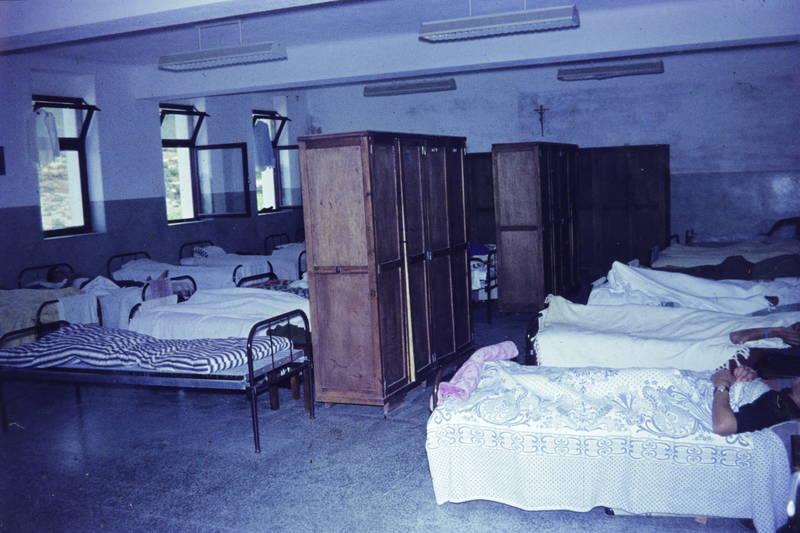bett, Bettdecke, liegen, schlafen, schlafsaal, schrank, unterkunft