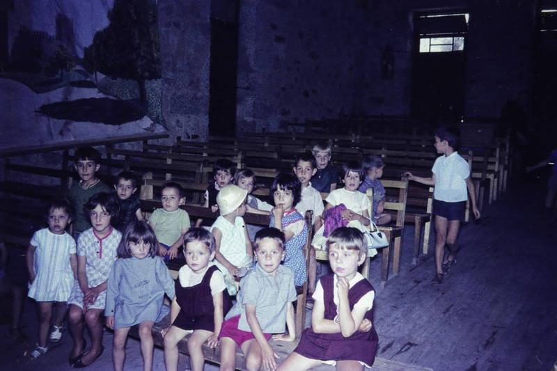 Kindheit, kirche, kurze hose, Messe, Religion, sandalen