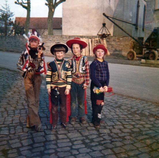 Clown, cowboy, Fasching, Indianer, karneval, Kindheit, Kostüm