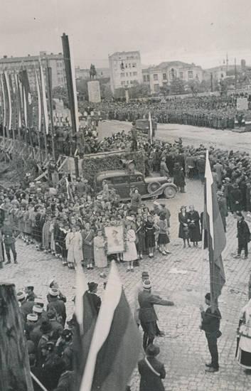 2.Weltkrieg, auto, fahne, KFZ, Parade, PKW, soldat, Wehrmacht