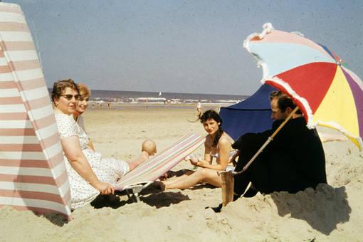 Gesellschaft am Strand