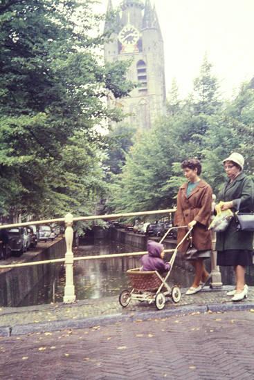 brücke, kinderwagen, Kindheit, kirche, Kirchturm, uhr