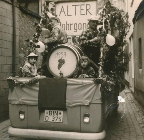 1959, ALter Jahrgang, auto, BIN, Bulli, KFZ, Kindheit, PKW, volkswagen, vw, Weinfass
