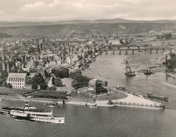 Deutsches Eck, Koblenz, Mosel, Panorama, Rhein, Rheinschiff, schiff, Zusammenfluss
