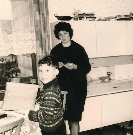 Essplatz, Kindheit, Küche, mantel, mode
