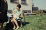 Im Garten mit Baby