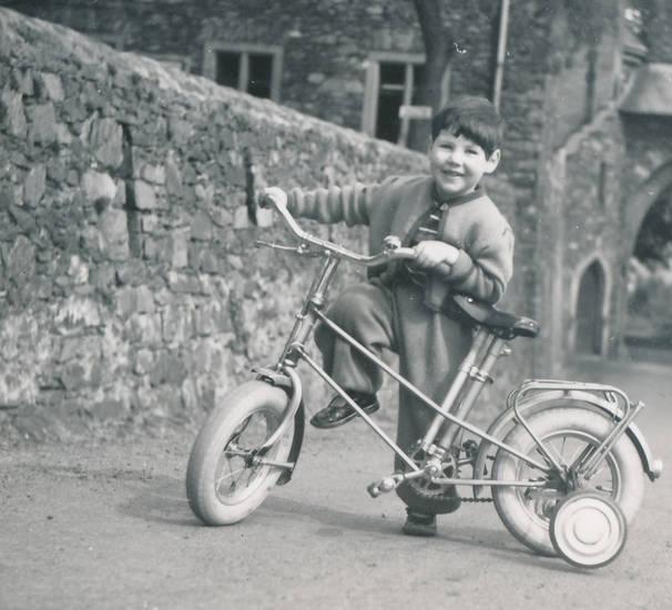 burg, Burg Reichenstein, fahrrad, Kindheit, mode, Stützrad, stützräder