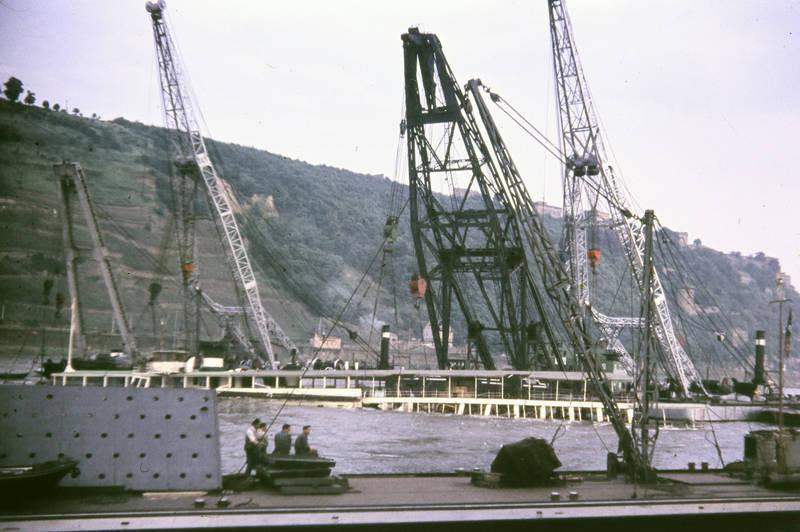 Andernach, Bergung, Festung Ehrenbreitstein, fluss, KD-Rheinschiff, Koblenz, Kran, Mosel, MS Mainz, Rhein, schiff