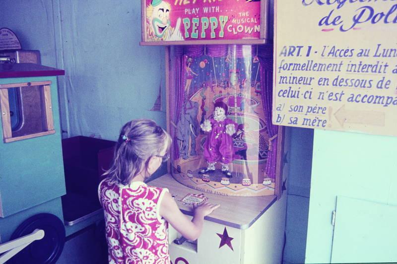 Automat, Clown, Kindheit, Peppy the musical clown, spielautomat, spielen