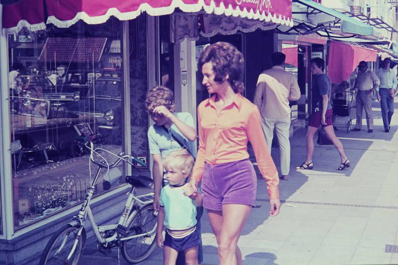Beautique, Beauty Shop, fahrrad, frisur, Kindheit, Sonne, Sonnenschein, straße
