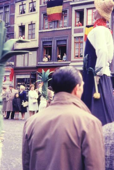 fahne, Fenster, flagge, Kostüm, straße, verkleidung