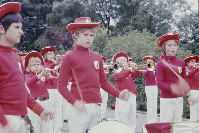 freizeit, Hobby, hut, instrument, Kindheit, Musikkapelle, Pauke, trommeln, trompete, Uniform