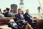 Frauen auf einem Schiff