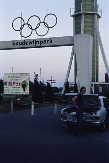 auto, Boudewijnpark, KFZ, oberbayern, Olympia, olympische ringe, PKW, Vergnügungspark