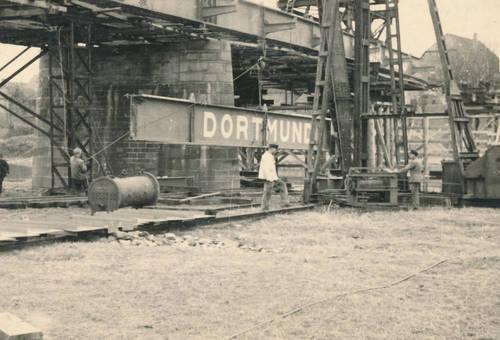 Bau der Weserbrücke