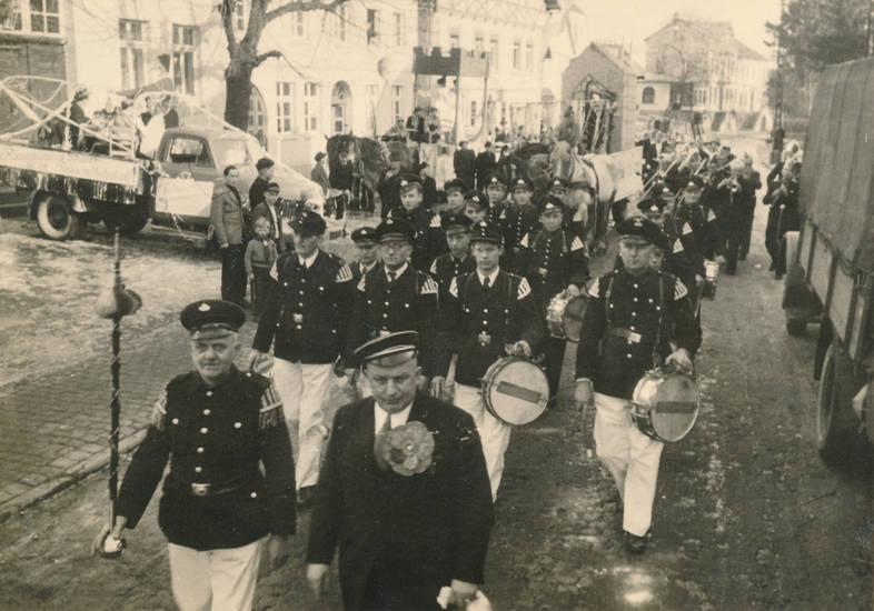 festumzug, karneval, karnevalsumzug, musik, Musikkapelle, Tambourcorps, tambourmajor, weserstraße