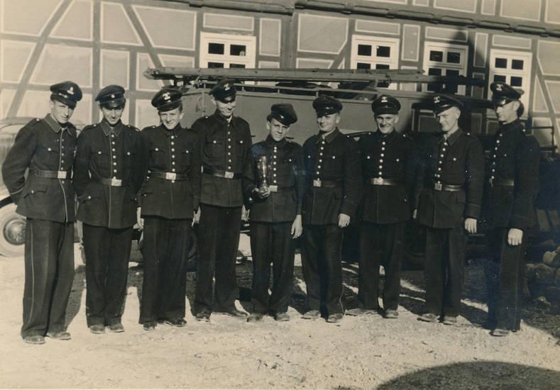 amelunxen, fahrzeug, Feuerwehr, feuerwehrauto, Feuerwehrmann, Leiterwagen, Uniform, Wettbewerb