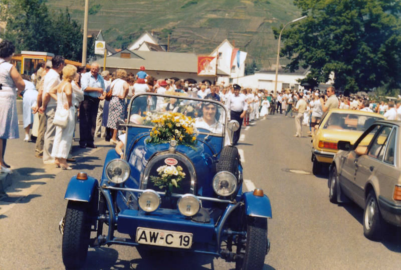 auto, bugatti, GFK, GFK-Bausatz, KFZ, Lederhaube, Mayschoss, Oldtimer, PKW, Replica, Weinblütenfest