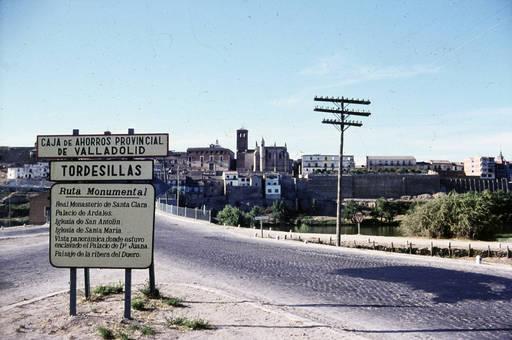 Ortsschild in Tordesillas